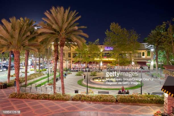 The fountain and courtyard at Aliso Viejo Town Center. ///ADDITIONAL INFORMATION: s.lnav.nightlife.0312 Ð 3/6/15 Ð LEONARD ORTIZ, ORANGE COUNTY...