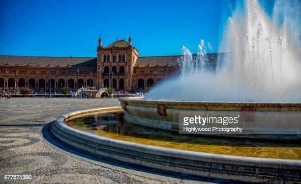 the fountain at plaza de españa - highlywood - fotografias e filmes do acervo