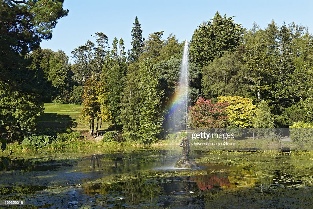 Fountain at Triton Lake Pictures | Getty Images