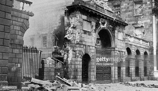 The Four Courts bombarded Dublin Ireland July 1922 IRA members opposed to the terms of the AngloIrish Treaty of 1921 occupied the Four Courts in...