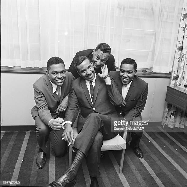 The Four Tops pose for a group portrait at te Mount Royal Hotel London circa 1965 LR Renaldo Obie Benson Levi Stubbs Abdul Duke Fakir Lawrence Payton