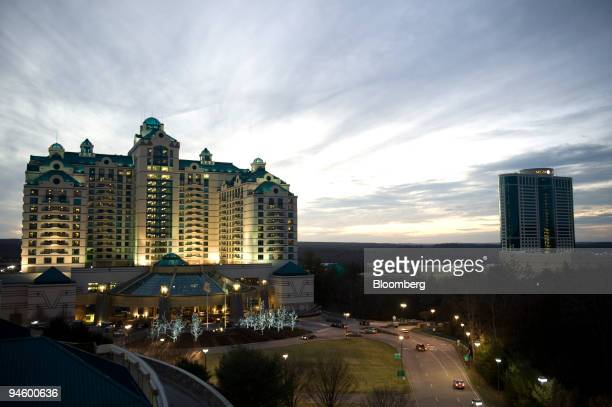 The Foxwoods Resort Casino is lit up with the MGM Grand to its right in Mashantucket Connecticut on Sunday Jan 13 2008 Bondholders in Connecticut's...