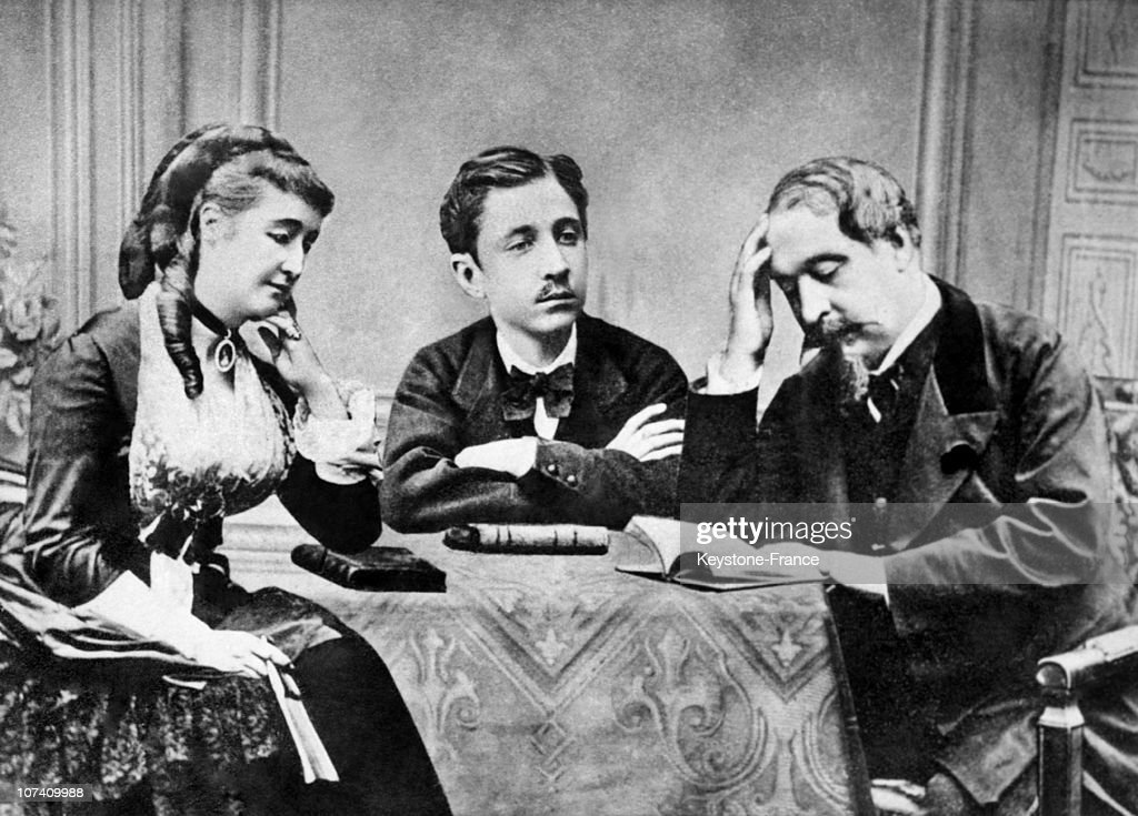 Napoleon Iii And His Familly In The 1870'S : News Photo