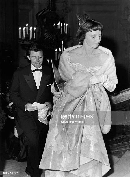 The French Actor Gerard Philipe And His Wife Anne At The Opera Of Paris In 1957 The Couple Had Come To Attend The Premiere Of Otto Preminger'S Film...