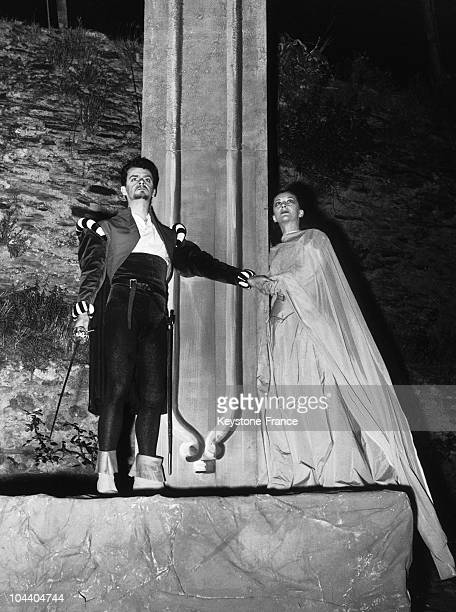 The French actor Serge REGGIANI and the actress Maria CASARES playing a scene from Pedro Calderon's DEVOTION adapted by Albert CAMUS in Angers castle...