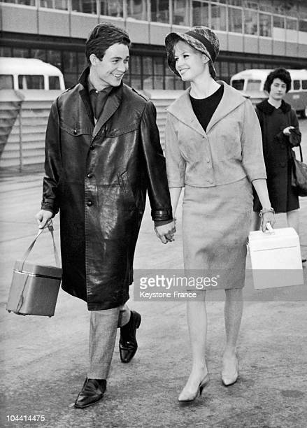 The French actors Jacques CHARRIER and Brigitte BARDOT flying to Lisbon to assist at the Premiere of LA FEMME ET LE PANTIN in 1960