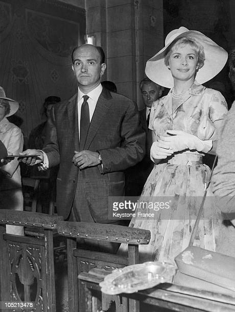 The French Announcer Jacqueline Huet Is The Wife Of Dr Fieschi On July 5 1960 In Neuilly
