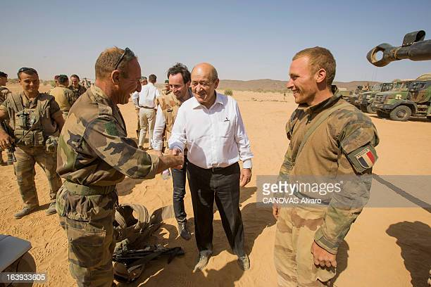 The French army controlled the region of the rebel AQMI in the valley of Ametettai the minister of Defense JeanLuc Le Drian visited the military camp...