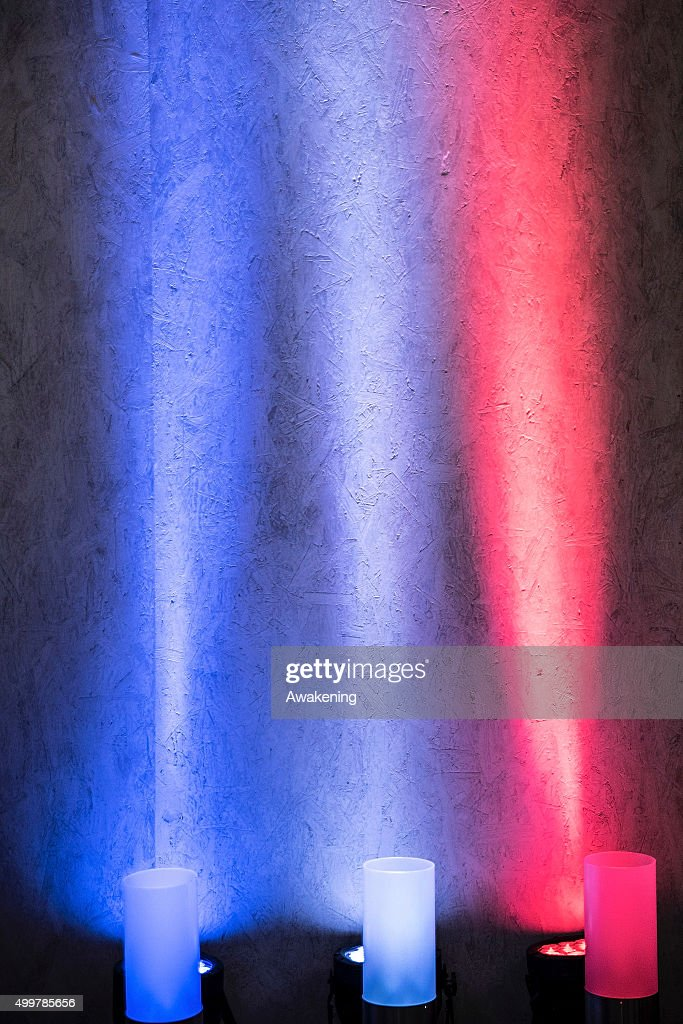 The French flag is reproduced with coloured lights inside
