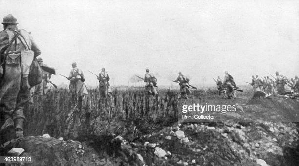 The French launch their offensive 2nd Battle of Champagne France 25 September 1915 The French attack was initially successful penetrating 3...