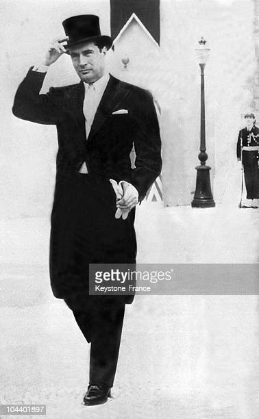 The French Minister of Justice Francois MITTERRAND wearing a frock coat and tophat went to the wedding of Prince RAINIER OF MONACO and Grace KELLY at...