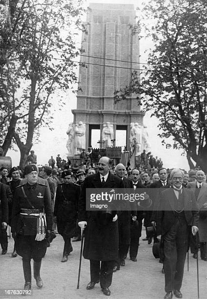 The French minister PierreÉtienne Flandin visit the monument of General Cadorna in Pallanza/Italia Photograph About 1935 Der französische Minister...