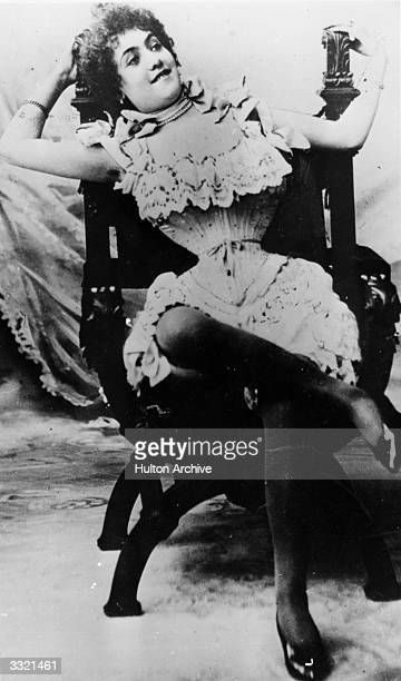The French musichall singer Polaire wearing the famous wasp waist corset