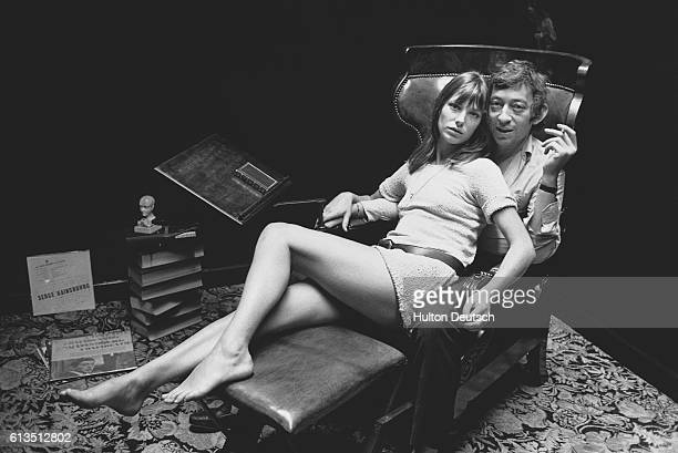 The French musician Serge Gainsbourg with the actress Jane Birkin in their Paris home