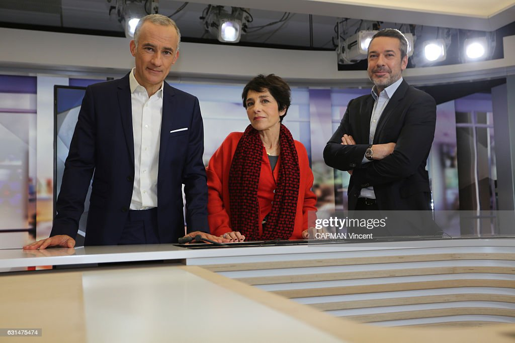 the french political journalists with Gilles Bouleau
