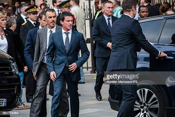 The French Prime Minister Manuel Valls attends the Mass chaired by Cardinal André Vingt Trois archbishop of Paris at the cathedral Notre Dame de...