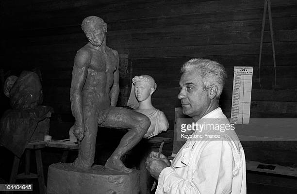 The French sculptor Paul BELMONDO was awarded the Paris Grand prix des beauxarts for his statue of a man called LE VAINQUEUR exhibited in Paris...