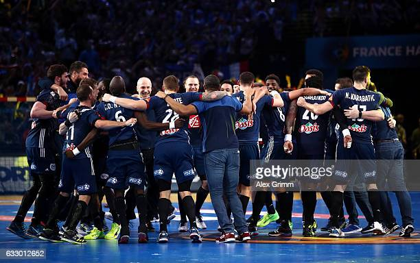 The French team celebrate victory during the 25th IHF Men's World Championship 2017 Final between France and Norway at Accorhotels Arena on January...