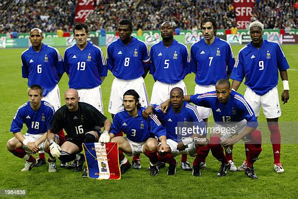 The French team line up to pose for a photo before the International friendly match between France and Egypt on April 30, 2003 at The Stade de France...