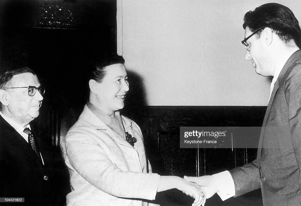 The French Writers Jean-Paul Sartre (Left) And Simone De Beauvoir Being Greeted By Romanovski, In Charge Of Cultural Relations With Foreign Countries, While In Moscow. They Were Both Travelling Companions Of The Pcf (French Communist Party).