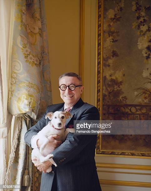 the frick collection: curator edgar munhall - fernando bengoechea stock pictures, royalty-free photos & images