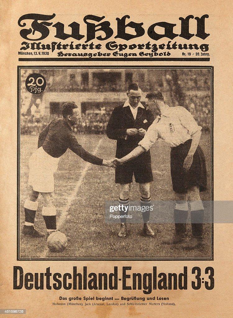 Germany v England : News Photo