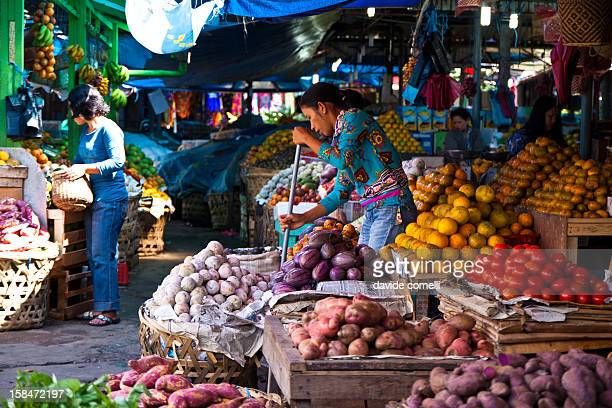The fruit and vegetables market in Berastagi, Sumatra