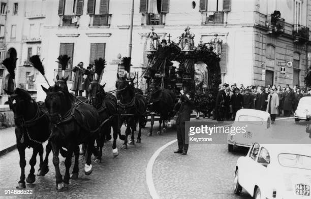 The funeral of ItalianAmerican mobster Lucky Luciano in Naples Italy 29th January 1962