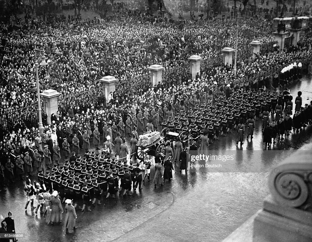 Funeral Procession of George V : News Photo