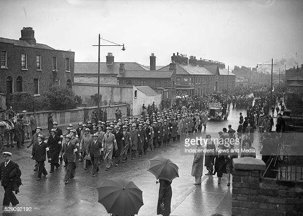 The funerals for the victims of the North Strand bombings On the night of 31st May 1941 four highexplosive bombs were dropped by German aircraft on...