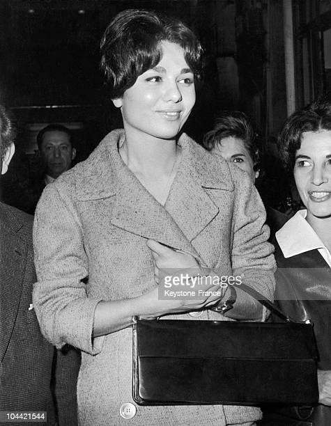 The Future Empress Of Iran Farah Diba Leaving The Salon Of A Paris Hairdresser On October 26 1959