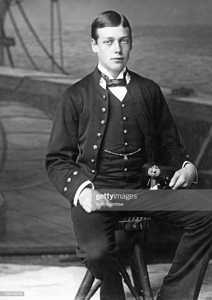 Midshipman George V : News Photo