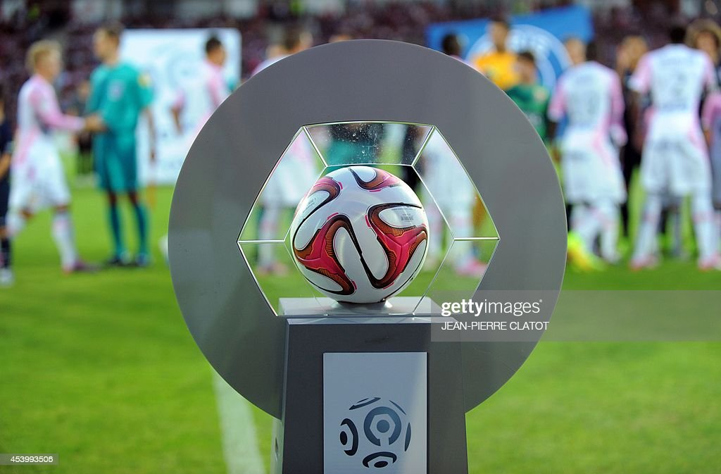 The game ball is pictured before the French L1 football match between Evian Thonon Gaillard (ETGFC) and Paris Saint-Germain (PSG) on August 22, 2014 at the Parc des Sport in Annecy, southeastern France.