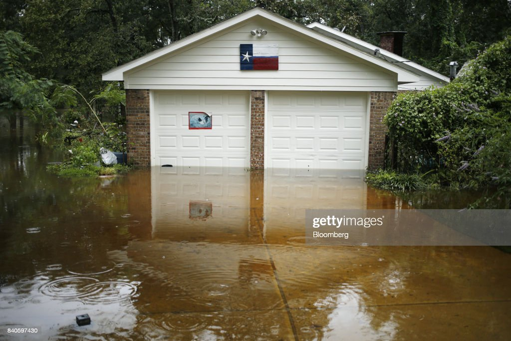 Harvey Costs Seen Rising To $42 Billion As Flooding Intensifies : News Photo