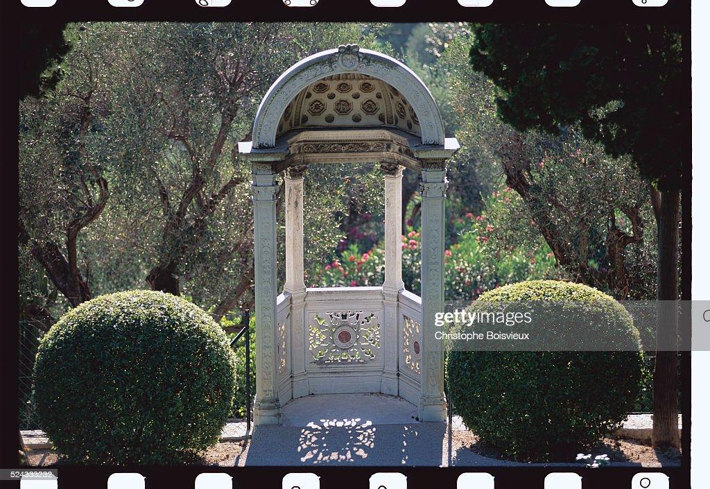 The Garden of Villa Ephrussi de Rothschild : News Photo
