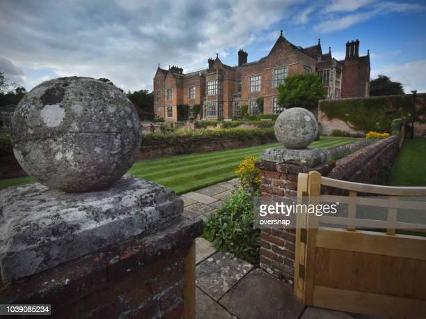 the gates of chequers - buckinghamshire stock pictures, royalty-free photos & images