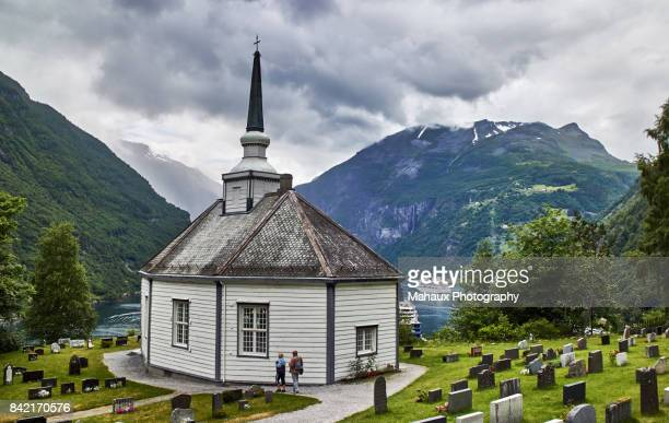 The Geiranger church and its cementery.