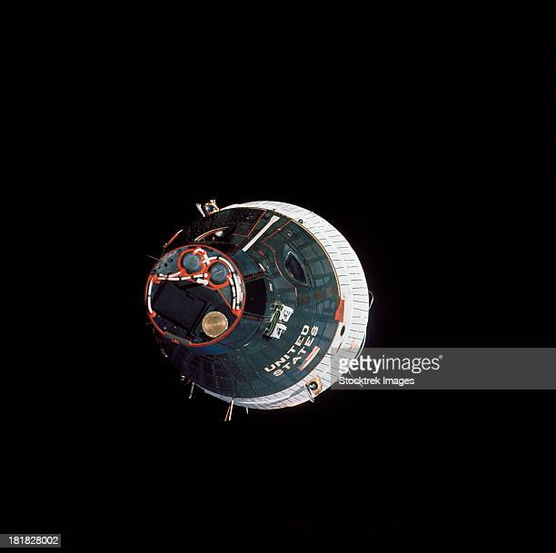 the gemini 7 spacecraft. - space capsule stock photos and pictures