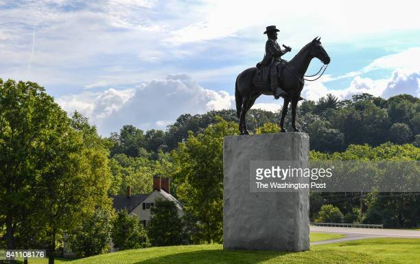 The Gen Robert E Lee statue is seen at The Newcomer House at Antietam National Battlefield on August 23 2017 in Sharpsburg Md President Donald Trump...