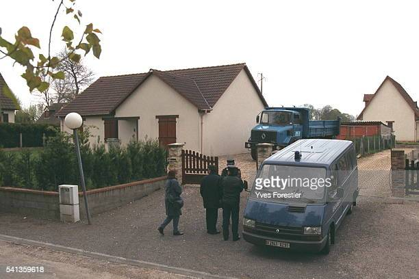 The gendarmerie search the house of the presumed killer of Elisabeth Griffin Marylene Roussey