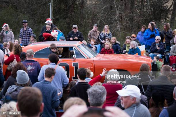 the general lee car in the leipers fork christmas parade - brycia james stock pictures, royalty-free photos & images