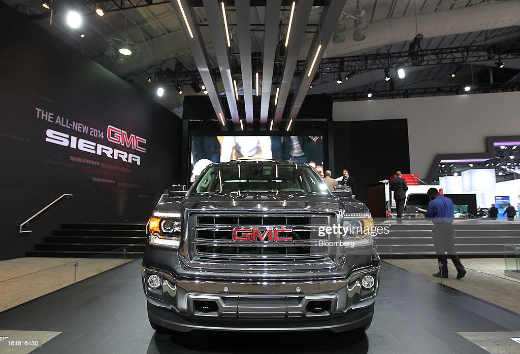 The General Motors Co. (GM) 2014 GMC Sierra sits on display at the company's booth during the 2013 New York International Auto Show in New York, U.S., on Thursday, March 28, 2013. The 113th New York International Auto Show, which runs from March 29 to April 7, features 1,000 vehicles as well the latest in tech, safety and innovation. Photographer: Jin Lee/Bloomberg via Getty Images