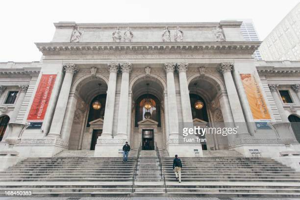 CONTENT] The general view of the exterior of the New York Public Library