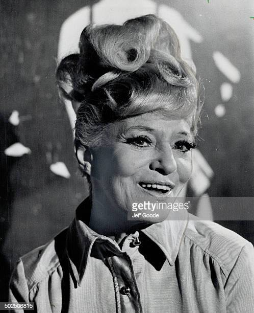 The gently aging Sally Rand She's still stripping although she's 63