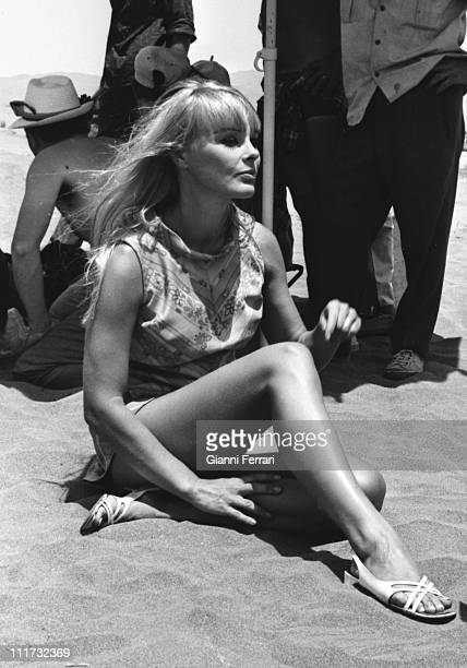 The german actress Elke Sommer during a break from filming the movie 'Las Vegas 500 millones' dirercted by Antonio IsasiIsasmendi Almeria Spain