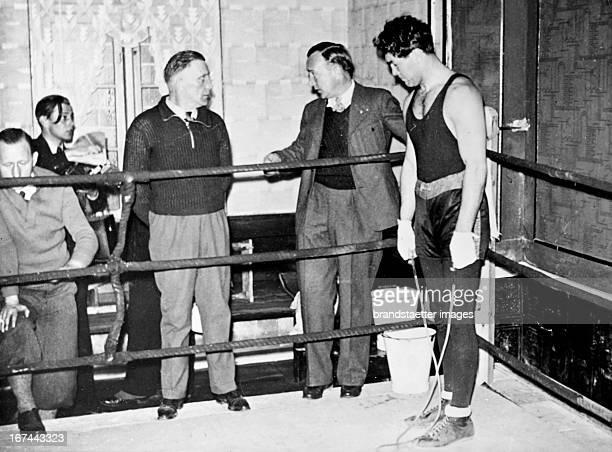 The German boxer Max Schmeling at spring training in his training camp in Friedrichsruh near Hamburg 1935 Photograph Der deutsche Boxer Max Schmeling...
