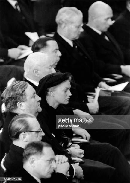 The German Bundestag took farewell of his sudden deceased president Dr Hermann Ehlers with a funeral service in the Bundeshaus on 2nd November 1954...