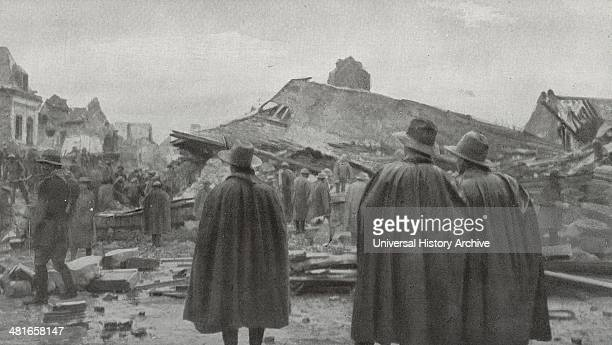 the rubble of the Hotel de Ville after the explosion of March 27 In the foreground of the Australian soldiers World War I 1917