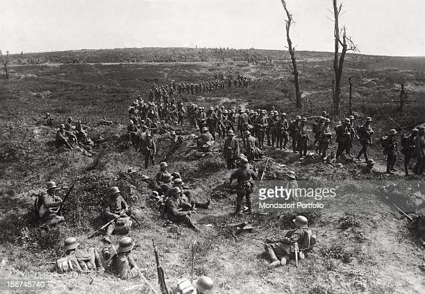 The German infantry advancing on the Chemin des Dames on the FrenchGerman front France 1916
