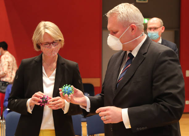 DEU: Minister Karliczek Visits Helmholtz Centre For Infection Research